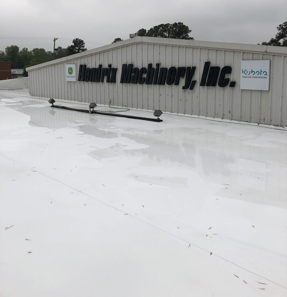 flat roofs at Hendrix Machinery Inc. in Pooler, GA.